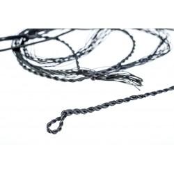 String to Flagella Dei bows